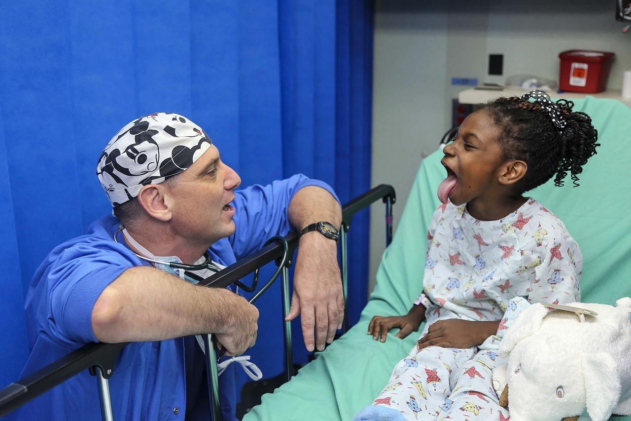 Dreptul la servicii medicale pentru toate fetele din lume. Ziua Internationala a Fetelor